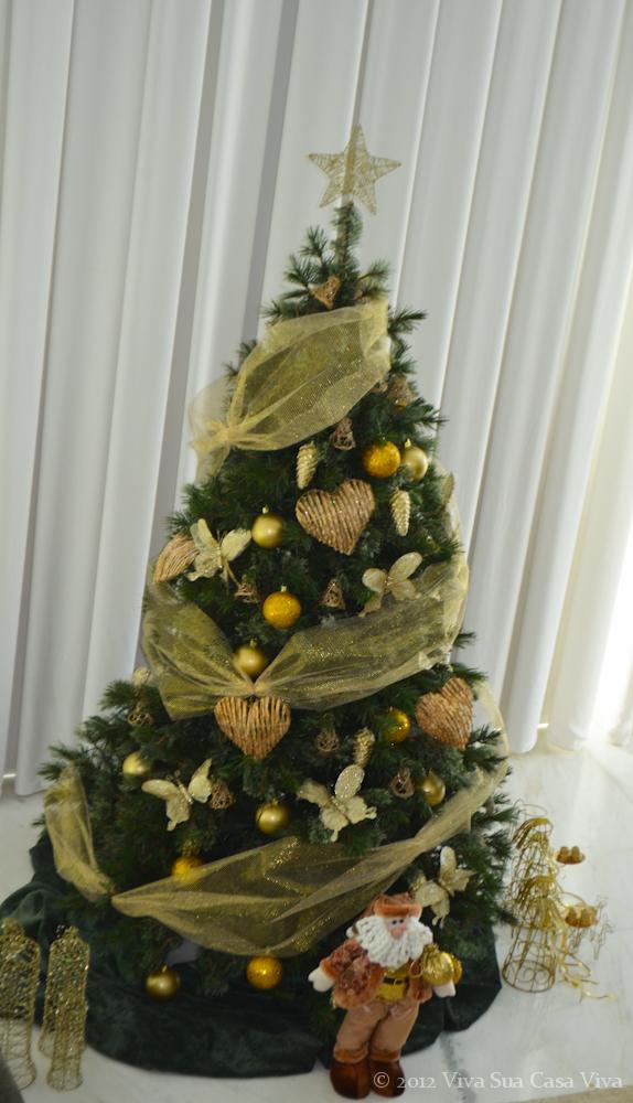 decoracao arvore de natal vermelha e dourada:Mundo de Cissa: Árvores de natal