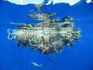hur tillverkas plast