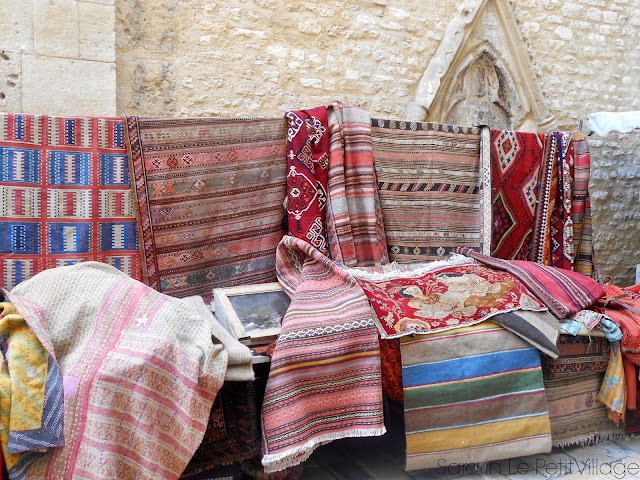 handwoven rugs Apt Market Provence France