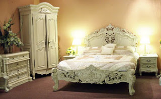 SHABBY CHIC DECORATING STYLES AND DECORATION TRENDS OF BEDROOMS AND INTERIOR DESIGN