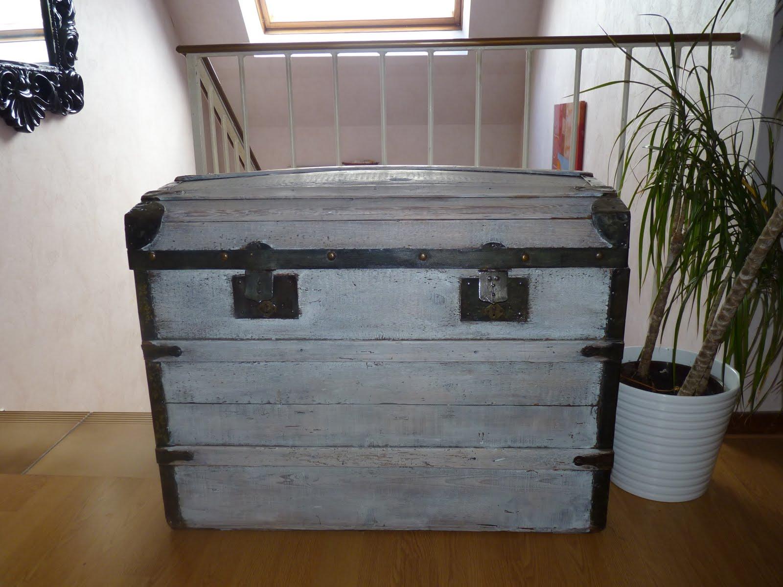 coach d co homestagingstrasbourg obtenir un effet ceruse avec de la peinture. Black Bedroom Furniture Sets. Home Design Ideas