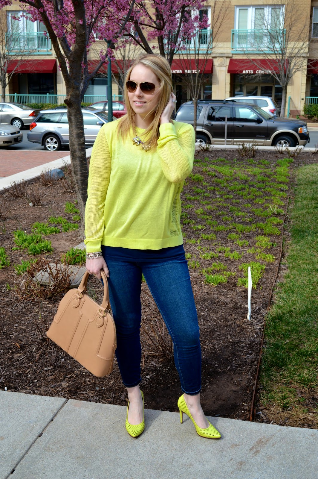 lime-green-sweater-spring-look