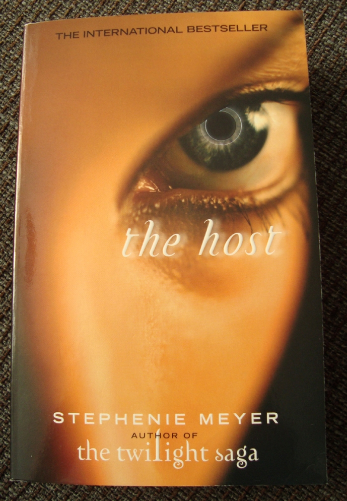 zellys bokhylla the host av stephenie meyer
