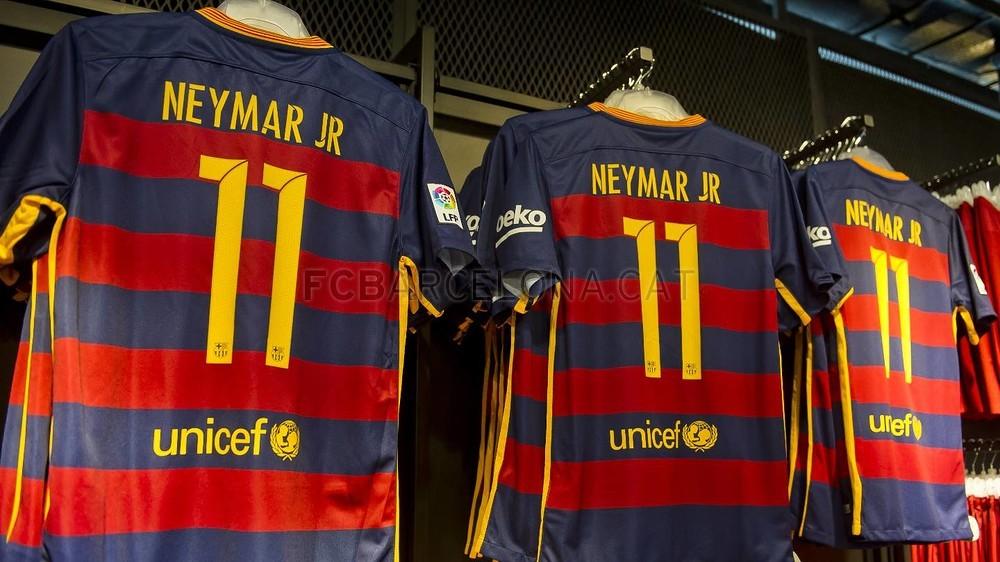 Barcelona reveal new typeface for 15 16 kits footy headlines - New home barcelona ...