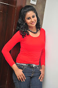 Anjana Menon stylish photos gallery-thumbnail-9