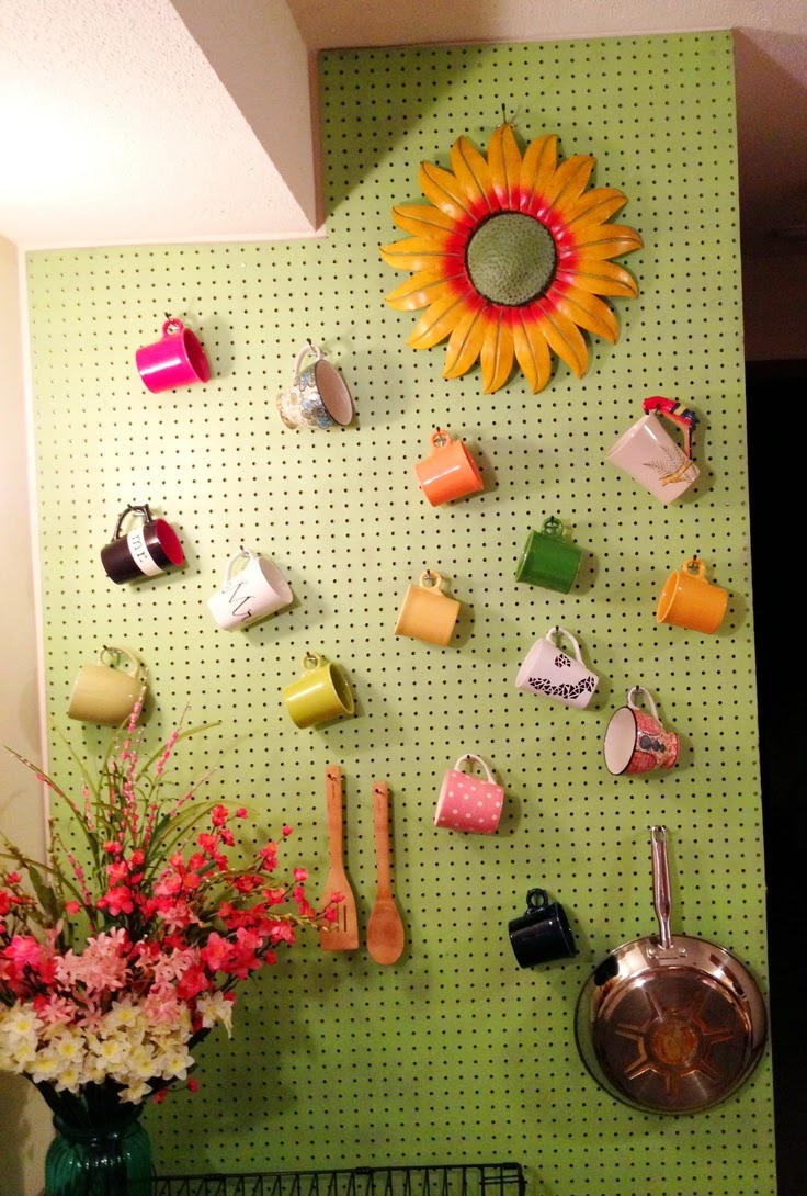 Pegboards DIY In Kitchen