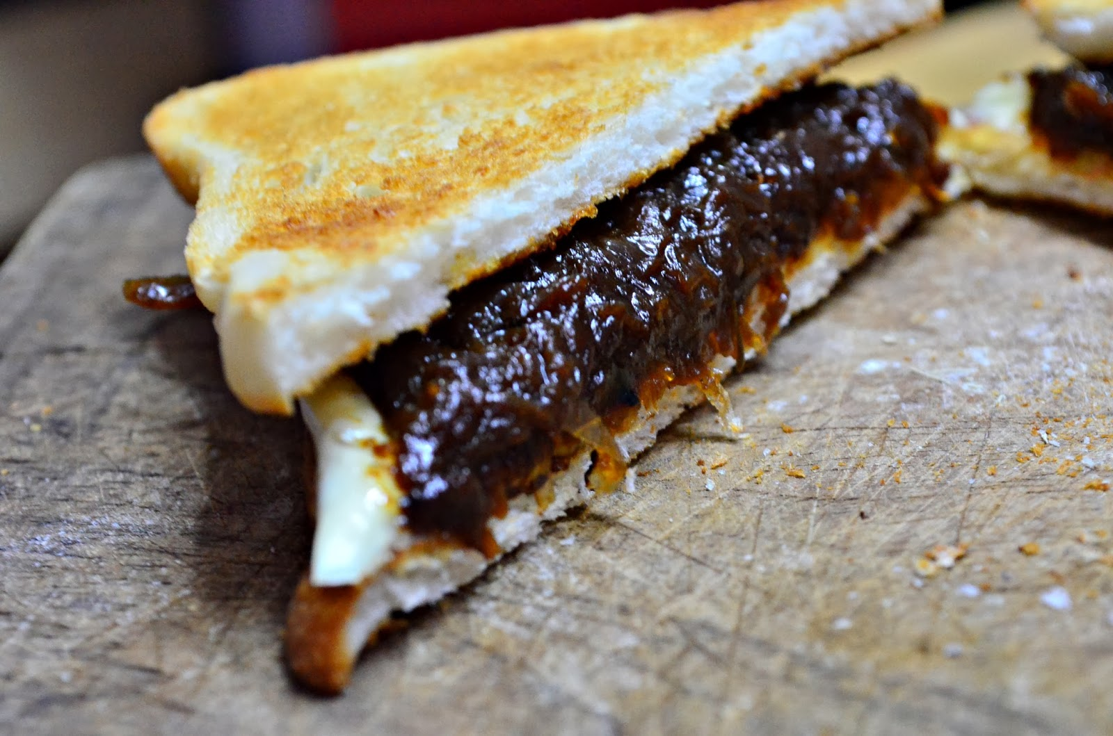 Caramelized Cheese Covered Grilled Cheese Sandwich Recipe ...