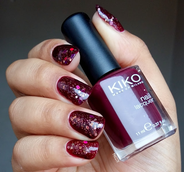 Powder Perfect - Four Poster Bed & Kiko 243