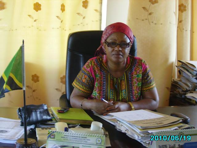 DC Mgaza akiwa ofisini kwake