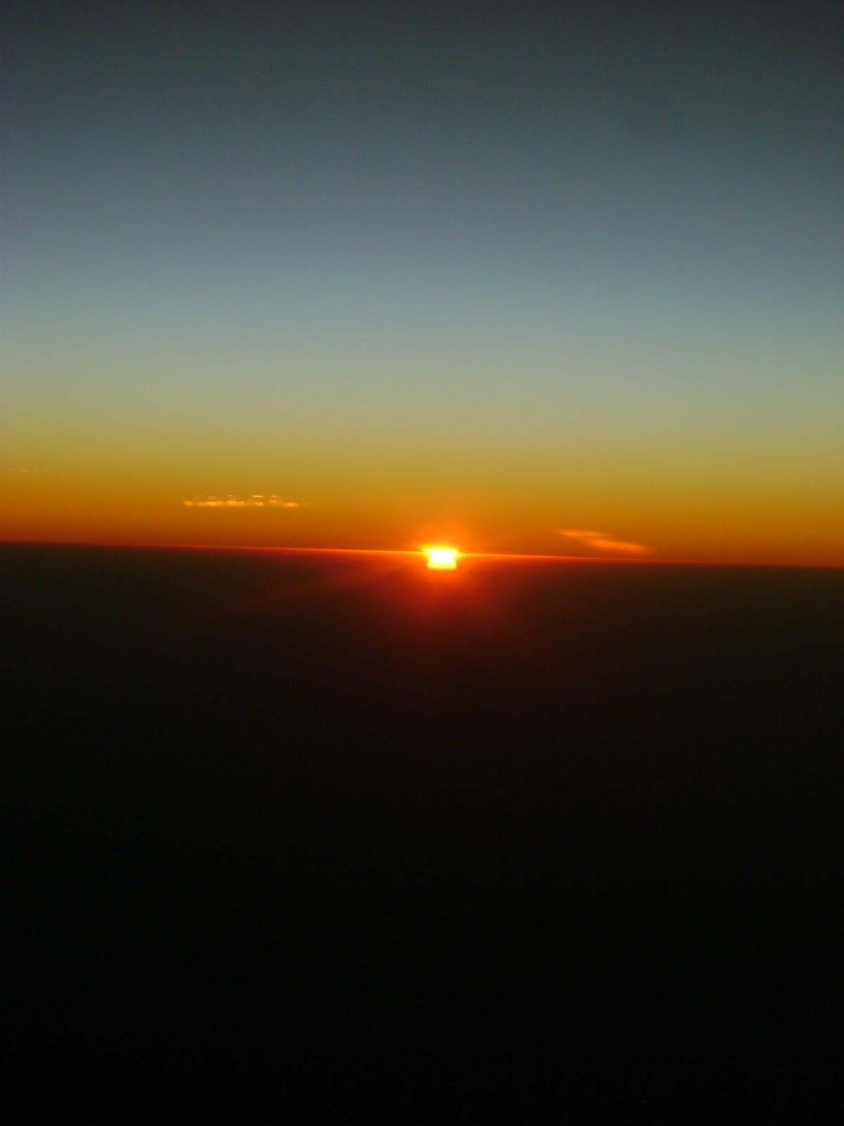 Sou das exatas!!!: Nascer do Sol a 12 km de altura