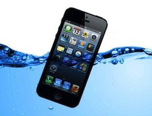 Wallpaper android iphone cara menyelamatkan iphone yang terendam air for Dropped iphone in swimming pool