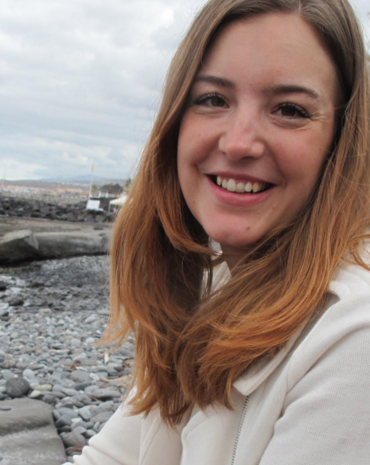 Jenny Lipponen - taiteilija, graafikko, yrittäjä