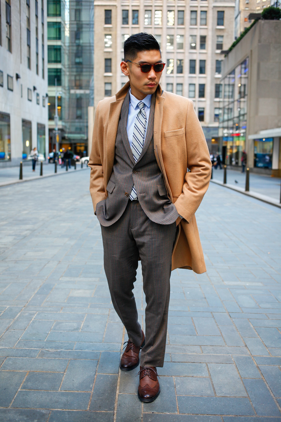 Levitate Style, Bar III, Suit & Tie, Menswear, Olive Three-Piece Suit, Pattern Mixing, Leo Chan