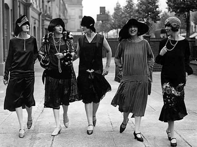 [RECURSOS] Fotos de Chicago (o lugares parecidos) en los años 20 Women+in+the+1920s