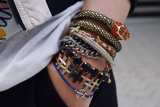 Karma,  H&M,  beste deutsche Modeblogger, german fashion blogger, hamburg, jewelry,ancor, bracelet, Anker armband, bracelets, snake, triangle, hipster, cross, Kreuz, bijou brigitte, ASOS