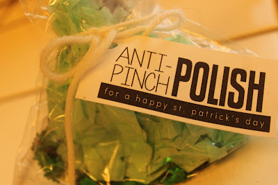 http://eighteen25.blogspot.com/2013/02/anti-pinch-polish.html?showComment=1362146385936