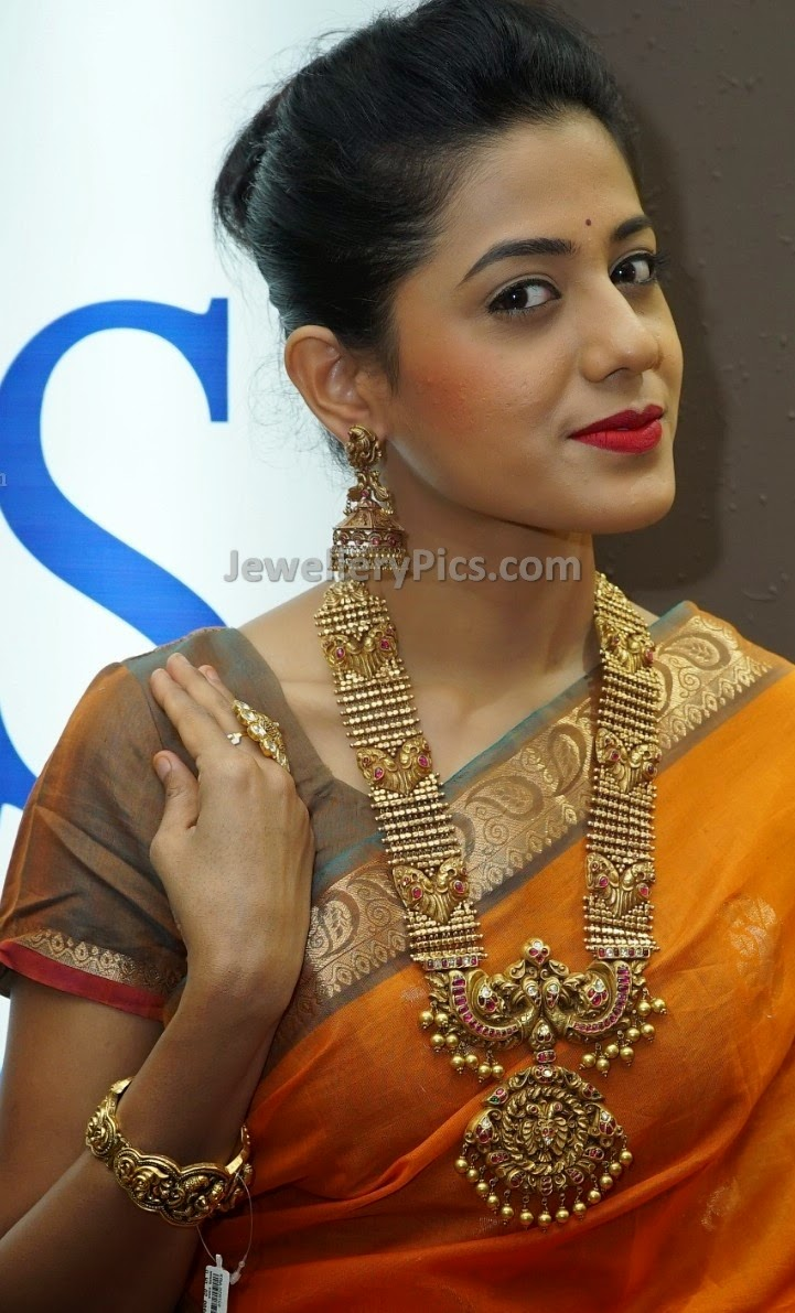 Indian gold long chain antique jewellery