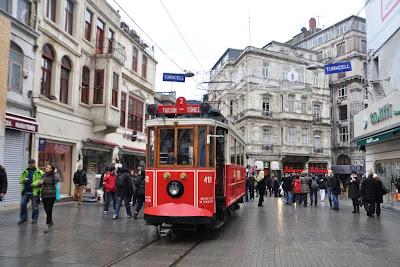 Taksim, Istiklal Cadessi