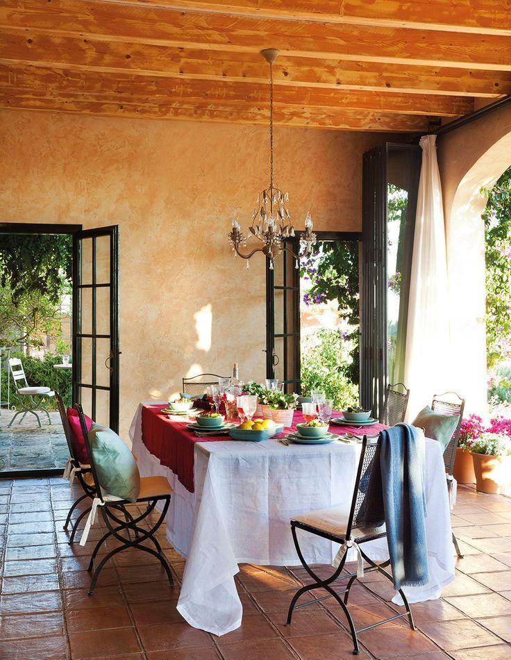 Lamb blonde gorgeous mediterranean island home - Muebles estilo provenzal ...