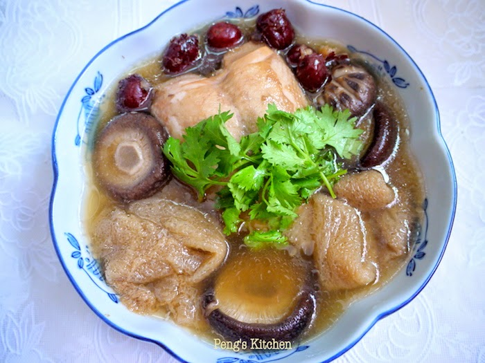 chicken soup #5 : 香菇竹笙鸡汤 bamboo mushroom chicken soup