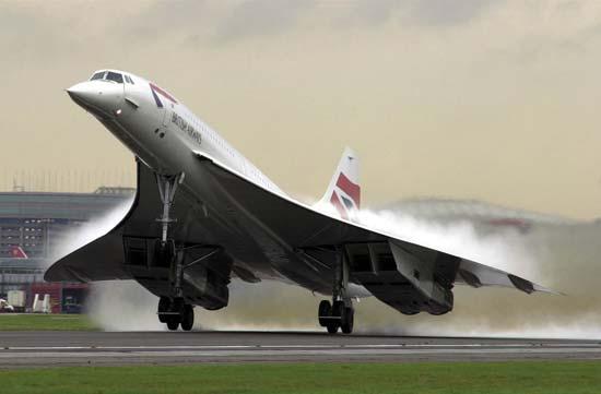 Altura Y Velocidad De Los Aviones Comerciales