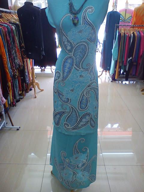 Blue Pesly Sutera Batik 5