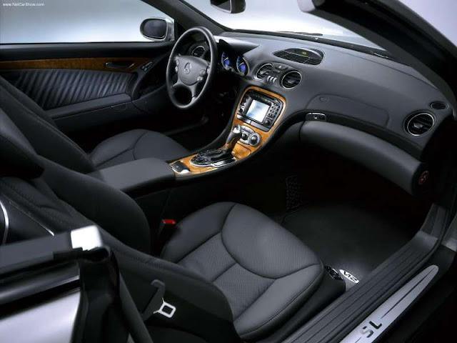 Licence To Speed For Malaysian Automotive April 2012