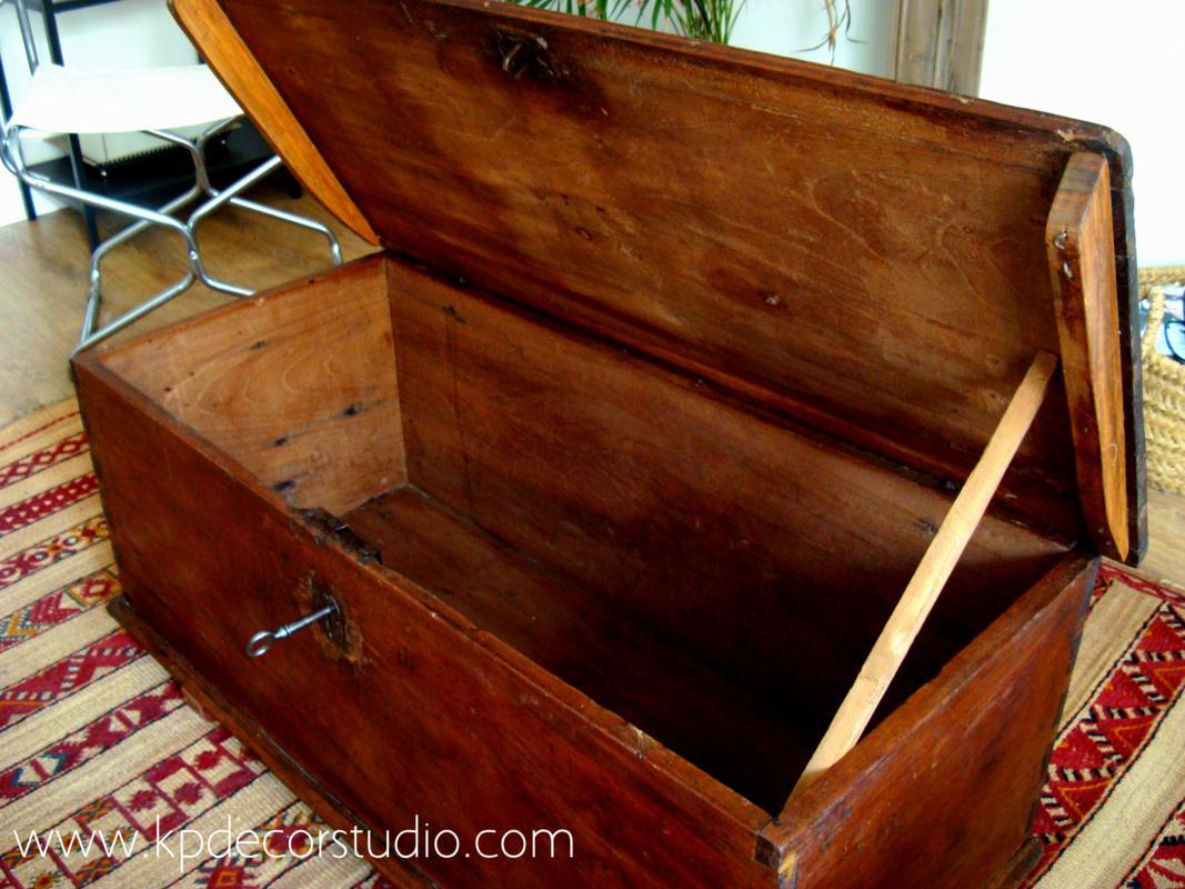 Kp tienda vintage online ba l de madera antiguo para mesa for Baul madera barato