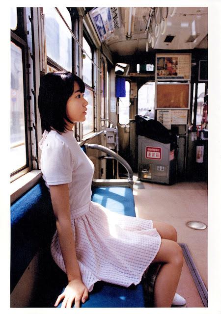 Sakura Miyawaki 宮脇咲良 Sakura さくら Photobook 写真集 04