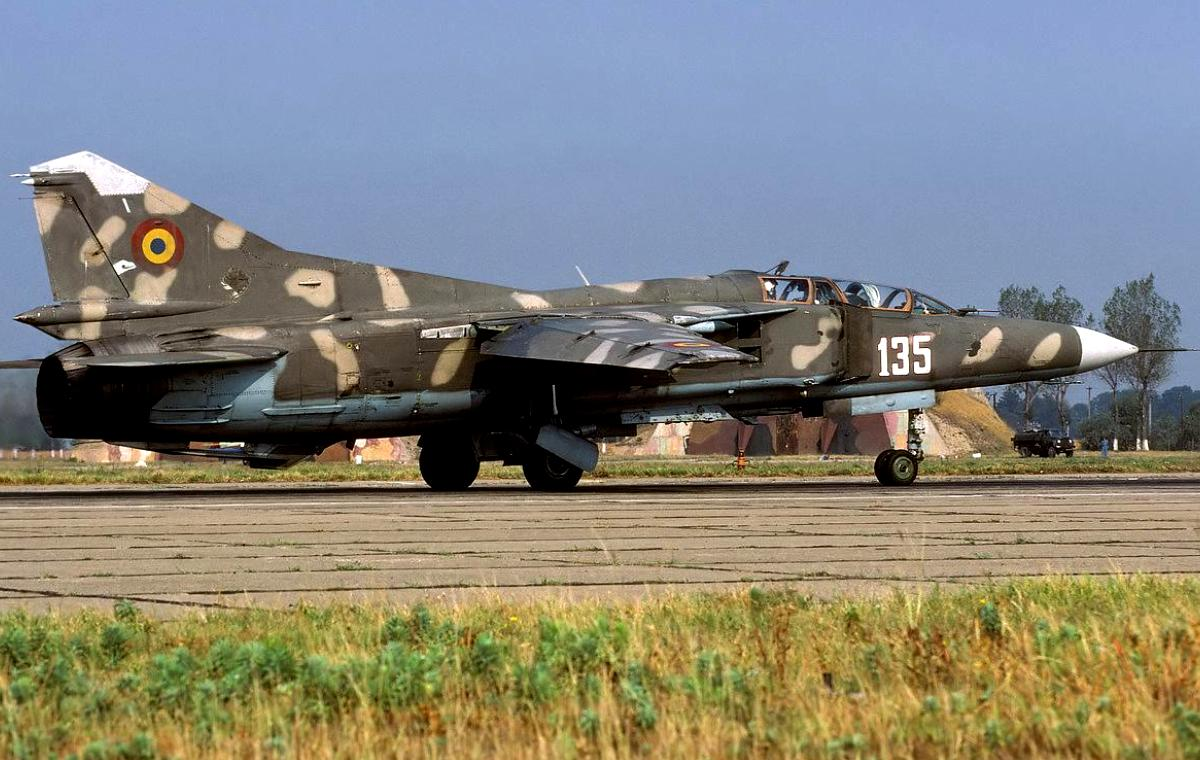 MiG-23 Flogger Jet Fighter Wallpaper 3