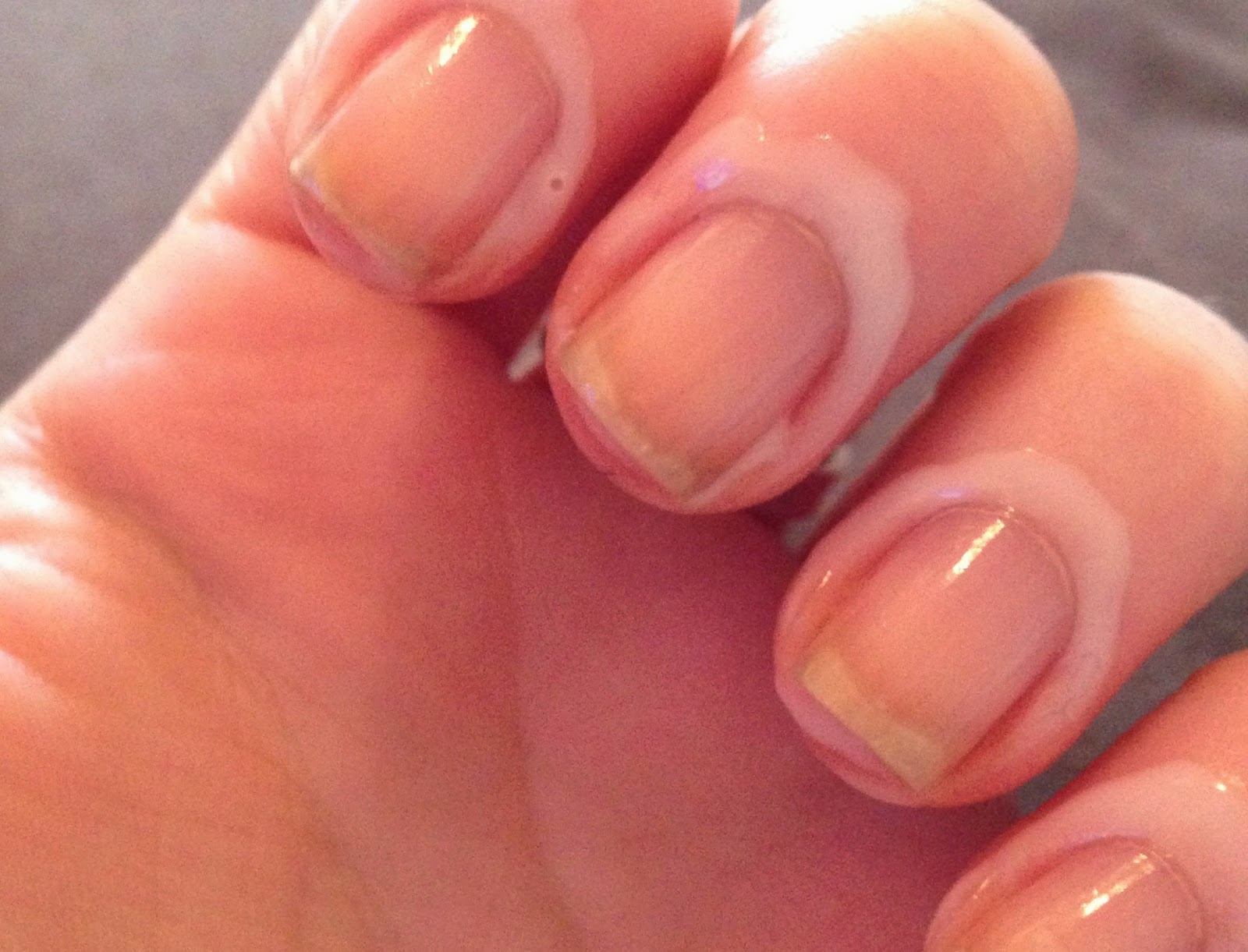 Little Red Loves: Subtle Business Nails (nails for the workplace)