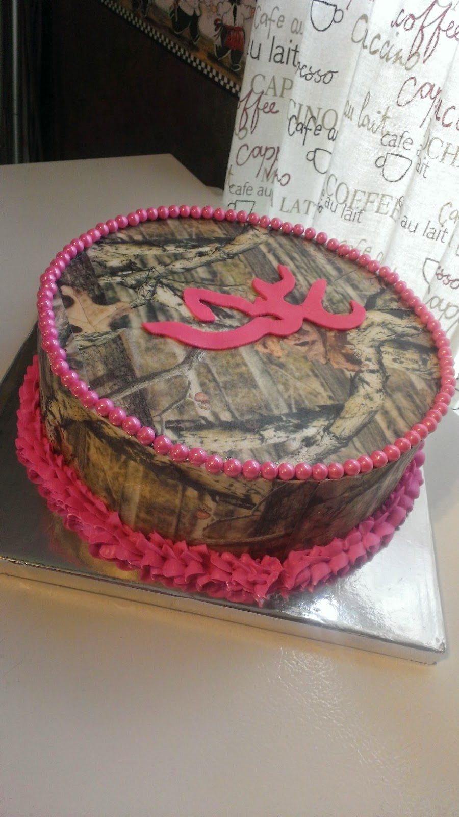 Happy cakes mossy oak camo cake with browning symbol mossy oak camo cake with browning symbol biocorpaavc Choice Image