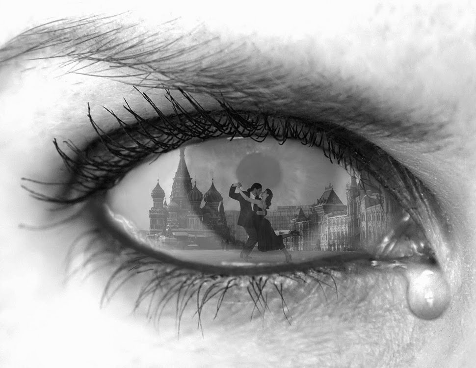 14-Tearful-Encounter-Thomas-Barbèy-Black-and-White-Surreal-Photography-www-designstack-co