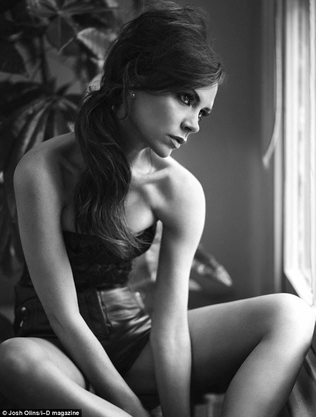 Victoria Beckham strips for i-D magazine