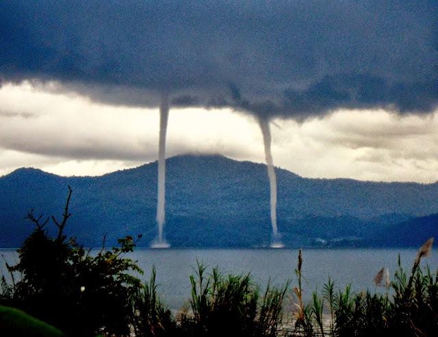8 Fenomena Alam Teraneh di Dunia