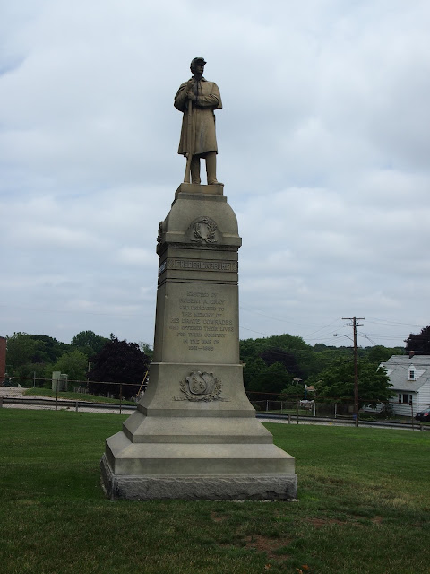 Monuments at Fort Griswold State Park