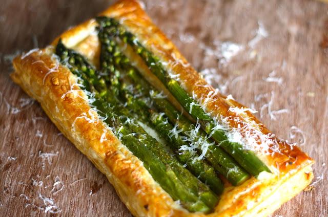 butterdejstærte, asparges, gruyere, parmesan, tærte med asparges