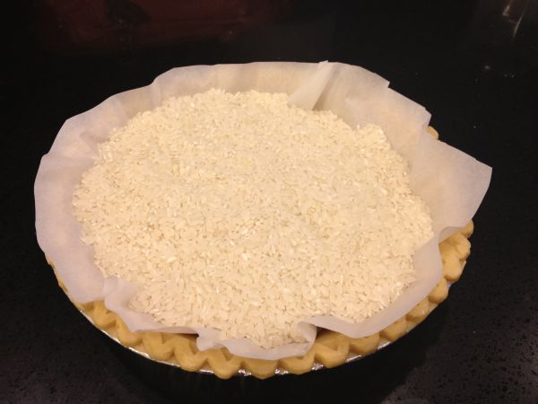 Mar 14,  · Learning how to make two-crust pie pastry from scratch isn't hard. Betty's Two-Crust Pie Pastry requires 20 minutes of prep and 1 hour and 5 minutes total to make. This recipe serves 8. 1. Make Pastry: Mix flour and salt in medium bowl. Cut in shortening, using pastry blender or fork, until.