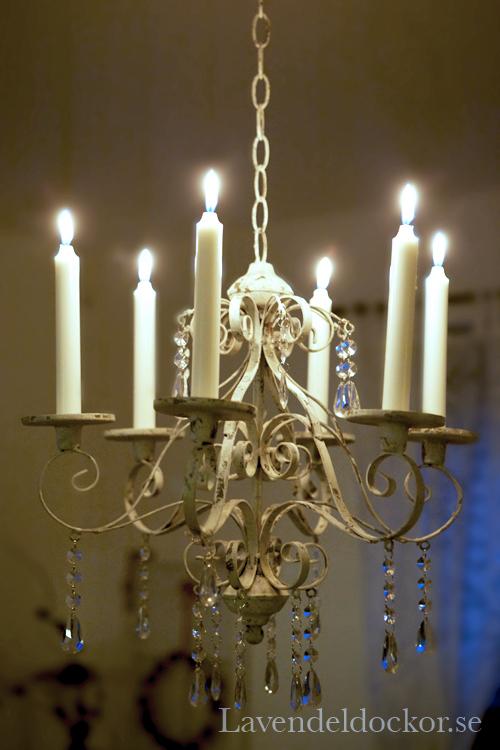 ljuskrona levande ljus