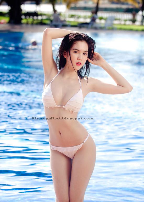 model lingerie bikini putih mulus part2 indopixture