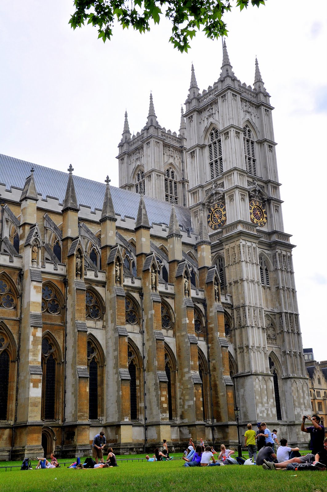 Bestfriends In Love Palace Of Westminster And