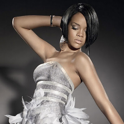 Rihanna download free wallpapers for Apple iPad