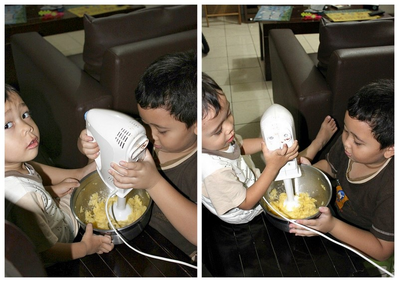 Cooking With Love: Cooking With Kids (Donat Kentang)