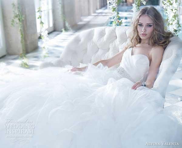 Magníficos vestidos de novias | Colección Alvina Valenta