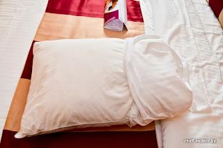 CrownPlaza hotel in Minsk - bed