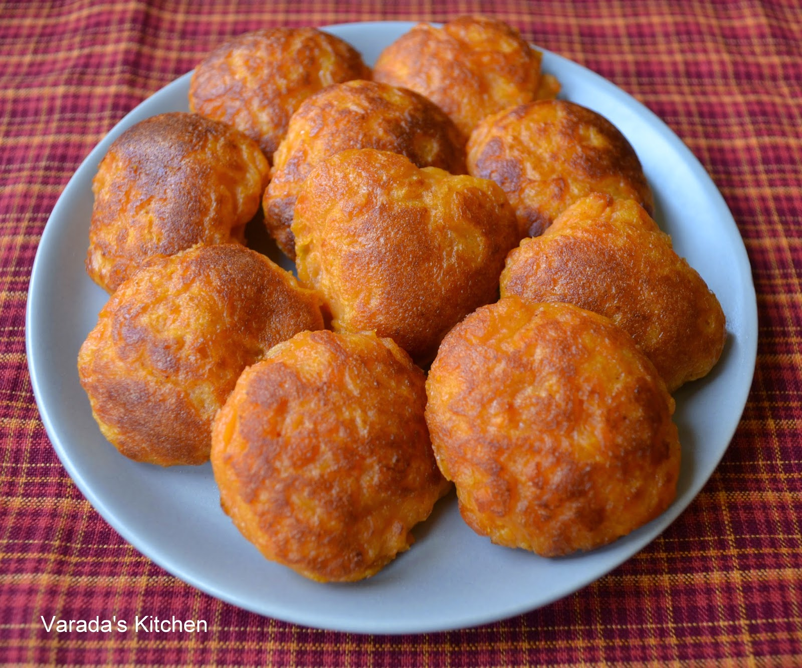Varadas kitchen golabjamoun zambian sweet potato dessert i found these when i made a zambian meal they are made with sweet potato boiled in milk with sugar formed into a dough and then deep fried forumfinder Image collections