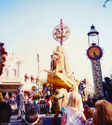 Lion King Celebration Disneyland Simba float Rock parade roar