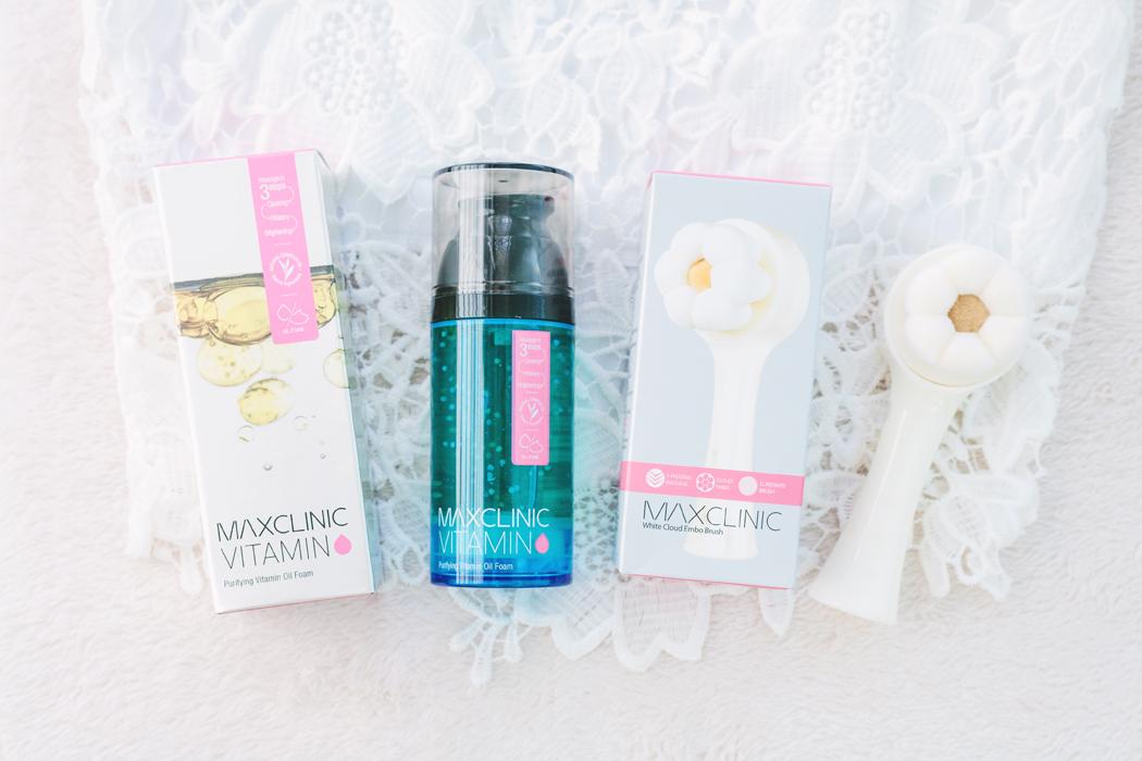 MAXCLINIC Purifying Vitamin Oil Foam + Cloud Embo Masssage Brush | chainyan.co