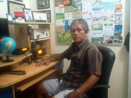 PP7JCB José Cícero em sua estação com o IC-718