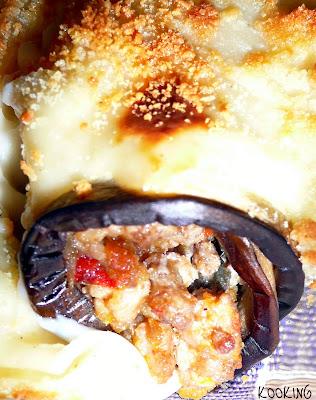 Memòries d'una cuinera: Canelones de berenjena con bechamel de cebolla caramelizada